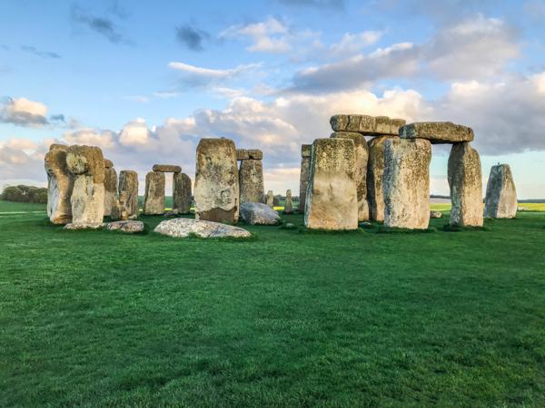 Evening view of Stonehenge rock formations in Salisbury, United Kingdom